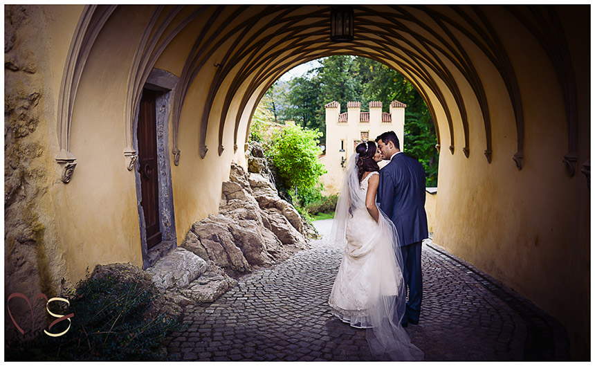 Kaitlyn-and-Mike-Germany-Wedding_6_2